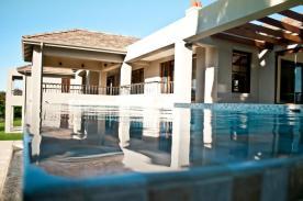 House Greyling Pool